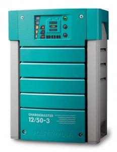 710002<br>MasterVolt バッテリー充電器Out 12V50Amp 3Bank<br>(44010500)