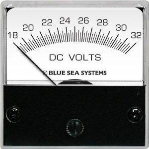 227773<br>BlueSea DCボルトメーターMicro DC18-32V <br>(8243)