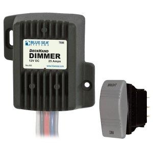 227778 BlueSea DC電圧コントロール 25Amp 12V (7508)