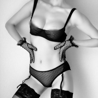 MAISON CLOSE/Padded bra&Suspender Shorts Set...''Rue des Demoiselles''