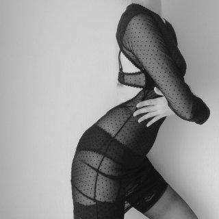 MAISON CLOSE/Back Open Dress...''Rue des Demoiselles''(609094)