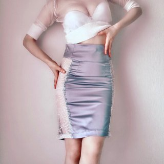 MAISON CLOSE/Satin Skirt…