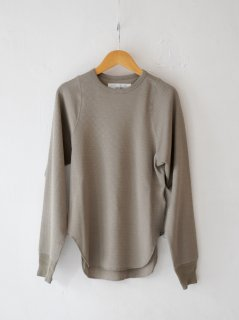 <img class='new_mark_img1' src='https://img.shop-pro.jp/img/new/icons6.gif' style='border:none;display:inline;margin:0px;padding:0px;width:auto;' />JANE SMITH / TINY SHOULDER PULLOVER・FAWN BEIGE