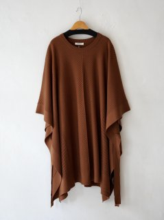 <img class='new_mark_img1' src='https://img.shop-pro.jp/img/new/icons6.gif' style='border:none;display:inline;margin:0px;padding:0px;width:auto;' />DOMENICO+SAVIO / KNIT PONCHO・CAMEL