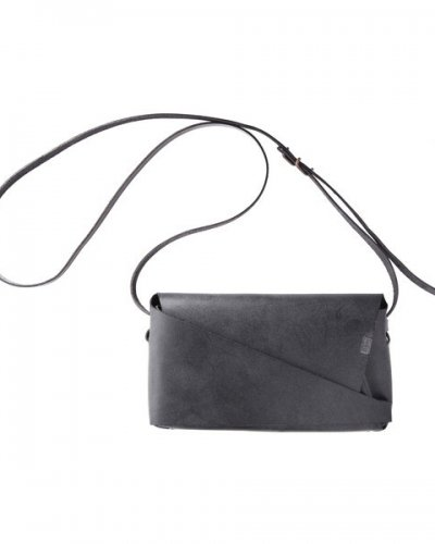 "所作<p></p>""Shoulder Pouch""<p></p>Black<p></p>"