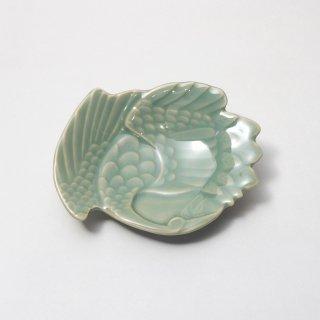 青磁鶴形小皿