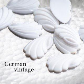 ドイツヴィンテージカボション 羽 2個  ルーサイト 貝