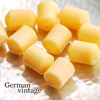 ドイツヴィンテージビーズ 多面カット円柱型 黄色 2個  アクリルビーズ  ルーサイトビーズ