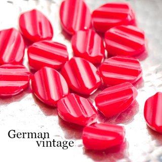 ドイツヴィンテージビーズ レッド 4個  アクリルビーズ  ルーサイトビーズ