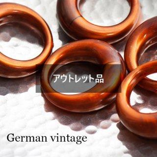 【B品含む】ドイツヴィンテージビーズ 1つ穴リング 2個  アクリルビーズ  ルーサイト フープ