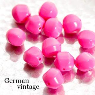 ドイツヴィンテージビーズ 不規則 12mm ピンク 4個  アクリルビーズ  ルーサイトビーズ