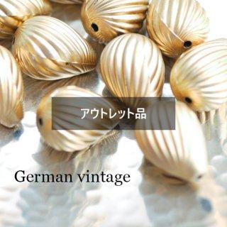 【B品】ドイツヴィンテージビーズ しずく ゴールド 4個  アクリルビーズ  ルーサイトビーズ