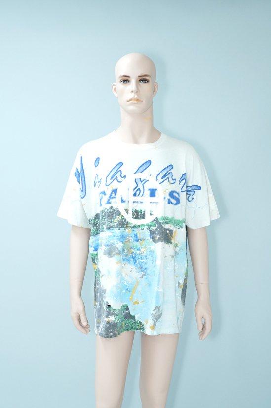 Dogs Recycle Niagara Falls Paint T-shirt