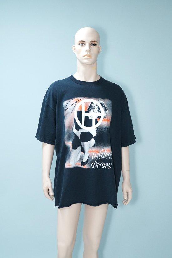 Dogs Recycle Tina Turner 97' Tour T-Shirt