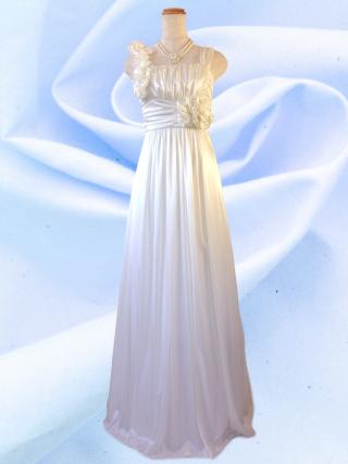 【染ムラあり】アシンメトリーロングドレス ノースリーブ ホワイト 9249/ 演奏会 ラミューズドレス通販
