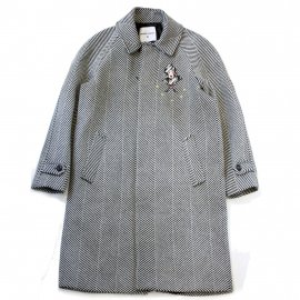 <img class='new_mark_img1' src='https://img.shop-pro.jp/img/new/icons7.gif' style='border:none;display:inline;margin:0px;padding:0px;width:auto;' />EMBROIDED RESCA COAT/FRONT STREET 8(フロントストリートエイト)