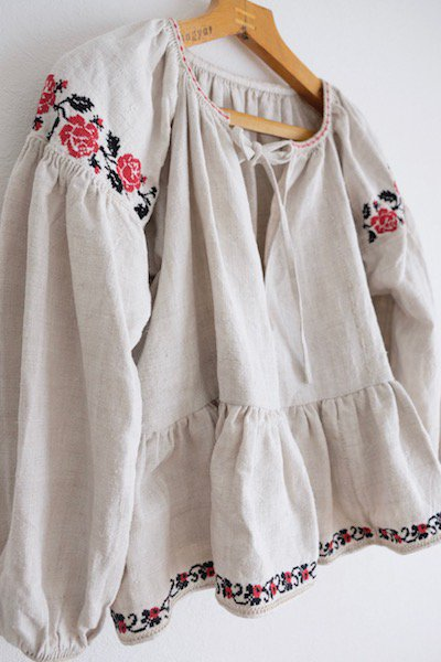 [Remade] 1930's Ukrainian embroidered blouse