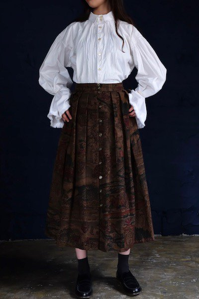 Pure wool dirndl storytelling skirt