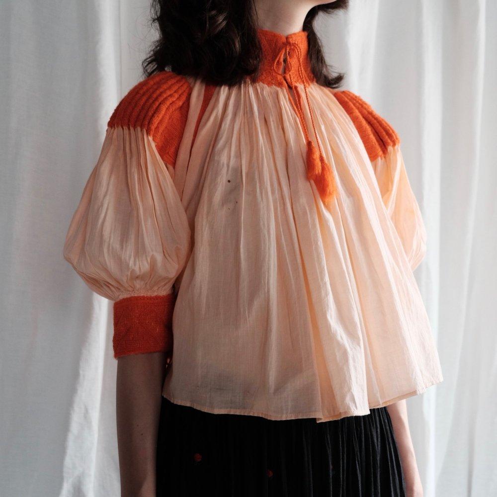 [VINTAGE] Cheerful Orange Smocking Blouse from Transylvania