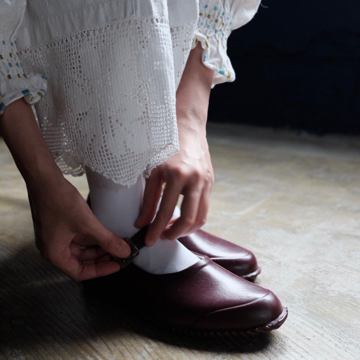 Strap Rubber Shoes BORDEAUX by OPANAK