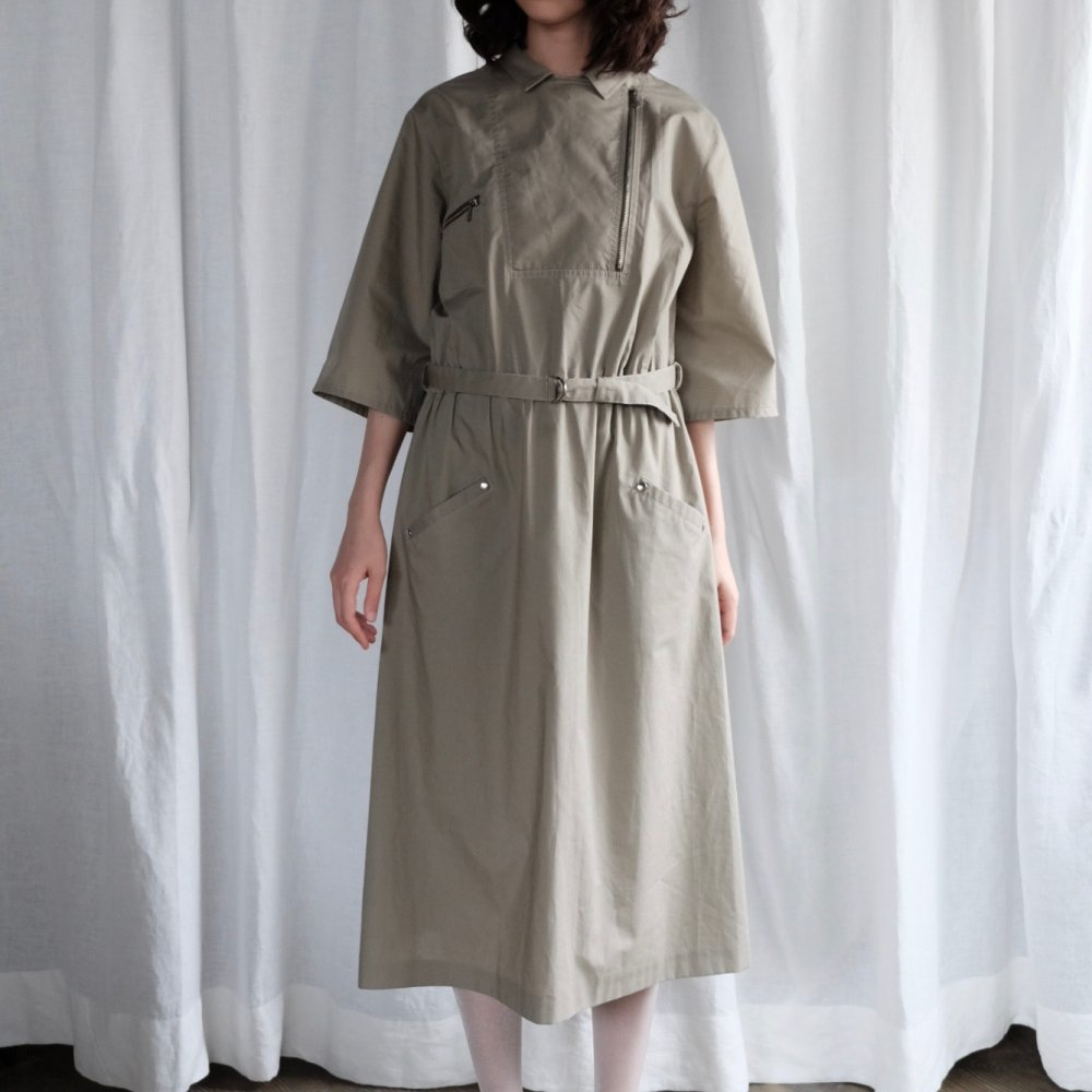 [VINTAGE] Belted Safari Dress with Zipper Detail