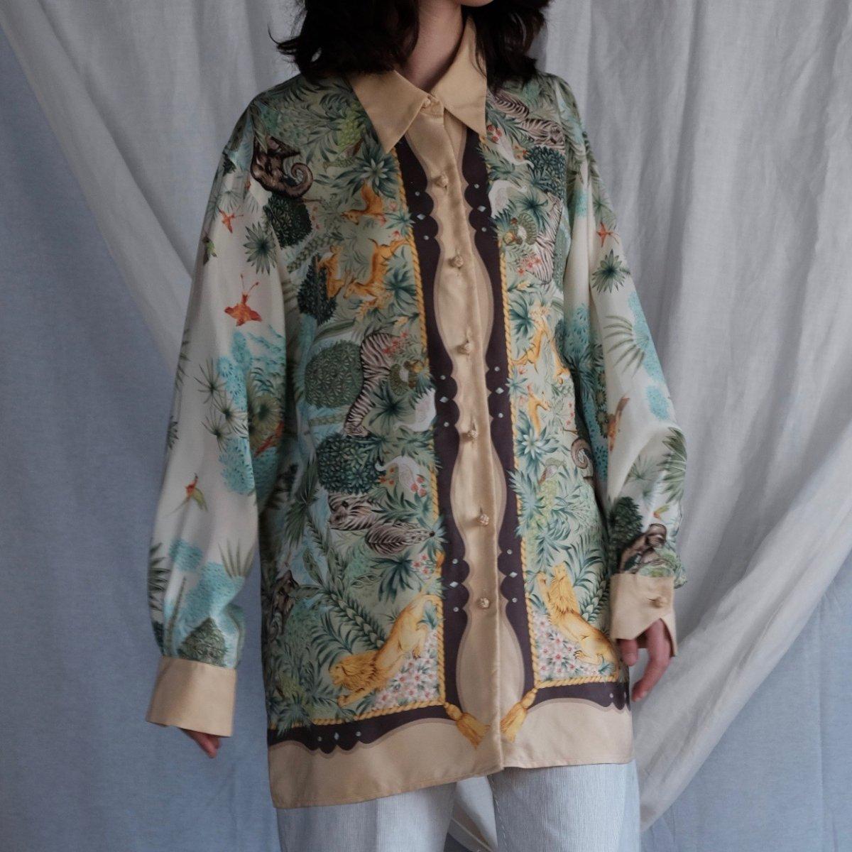 [VINTAGE] Animal Utopia Garden Silk Shirt