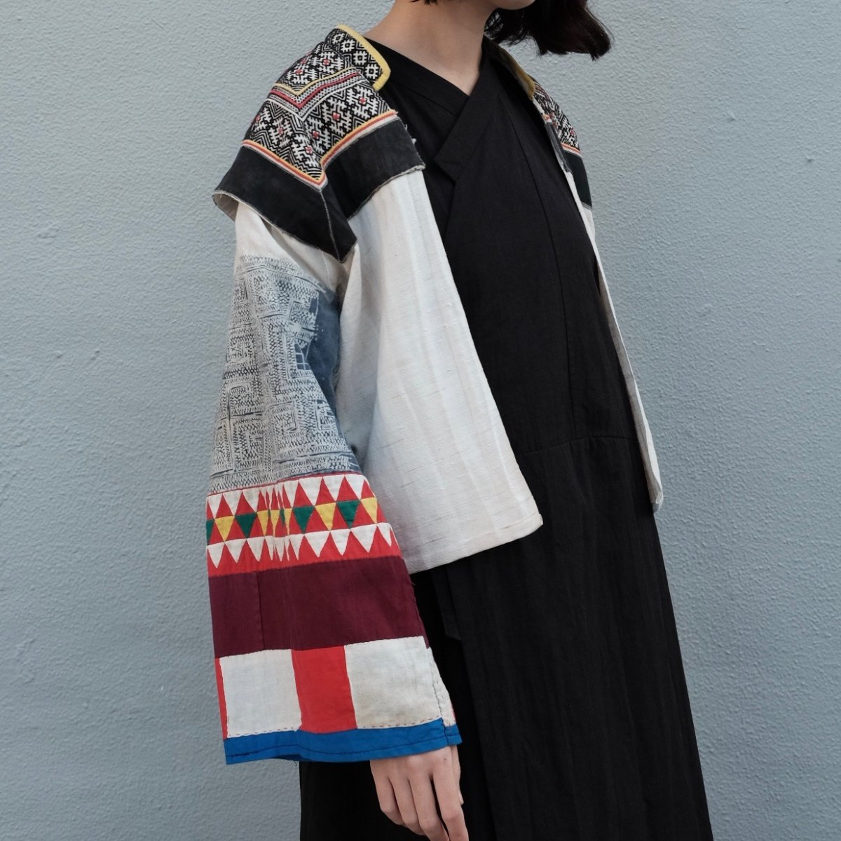[VINTAGE] Miao Traditional Batik-print Sleeves Jacket by Boinu