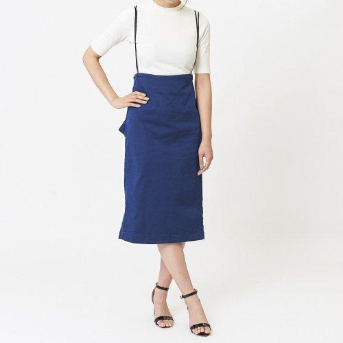 バックフリルサロペットスカート