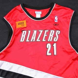 <img class='new_mark_img1' src='https://img.shop-pro.jp/img/new/icons5.gif' style='border:none;display:inline;margin:0px;padding:0px;width:auto;' />Reebok/Portland Trail Blazers Jamaal Magloire B.Ball Jersey_16G,Used