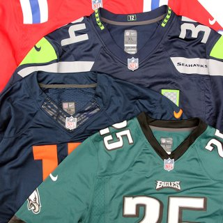 <img class='new_mark_img1' src='https://img.shop-pro.jp/img/new/icons5.gif' style='border:none;display:inline;margin:0px;padding:0px;width:auto;' />Nike/NFL New England Patriots A.Football Game Jersey_ #24,Used