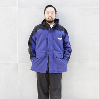 <img class='new_mark_img1' src='https://img.shop-pro.jp/img/new/icons5.gif' style='border:none;display:inline;margin:0px;padding:0px;width:auto;' />2000s Carhartt カーハート/ナイロンフィールドジャケット,Used【L】
