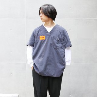 <img class='new_mark_img1' src='https://img.shop-pro.jp/img/new/icons5.gif' style='border:none;display:inline;margin:0px;padding:0px;width:auto;' />2000s Dickies ディッキーズ/スクラブシャツ【XL】