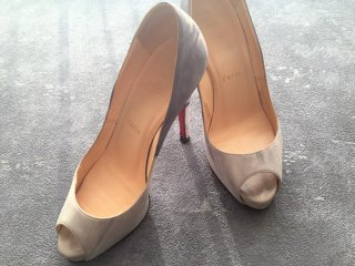Christian Louboutin(クリスチャン ルブタン)size:37 1/2