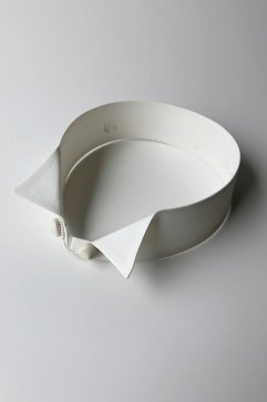 NECKLESS - MERCERIE GRAIN D'AILE - COLLAR NECKLACE - Price 16,200 tax-in