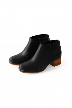 FEIT - CEREMONIAL MID HEEL BOOT - BLACK