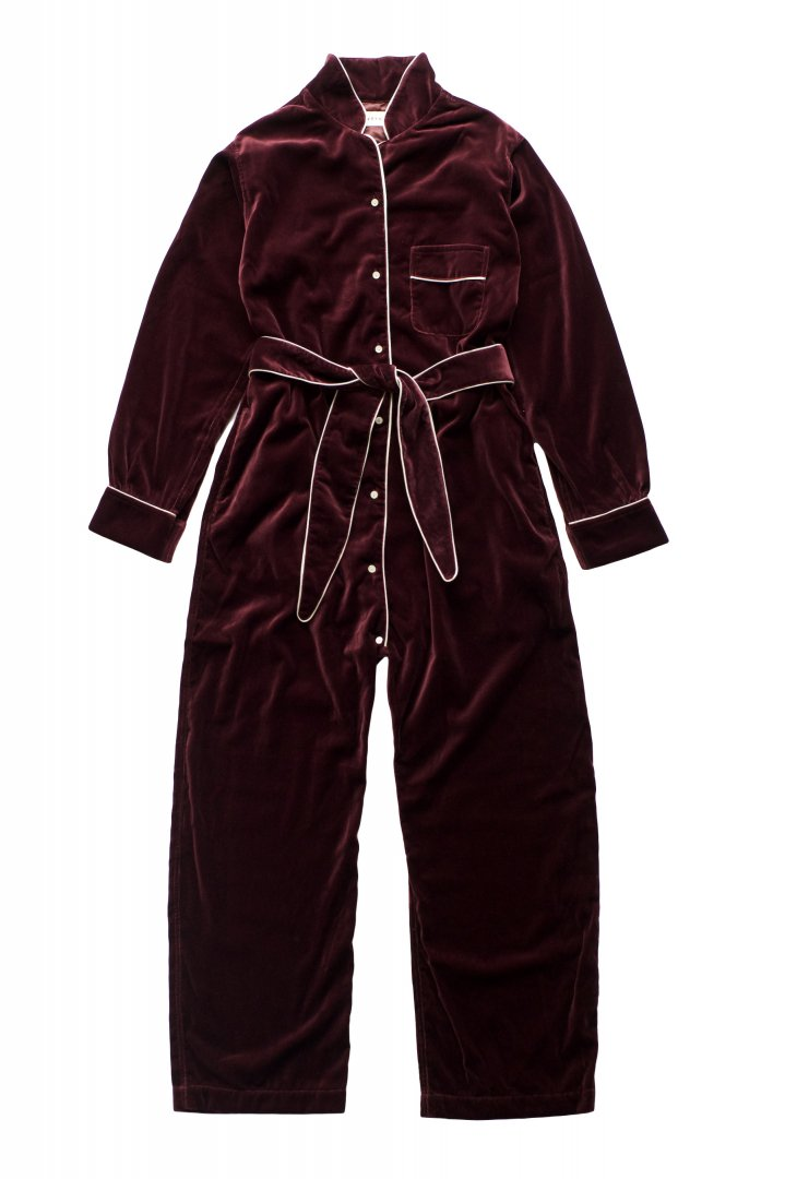 OVELALL - WRYHT - NIGHT SUITS - PORT - PRICE 69,300 tax-in