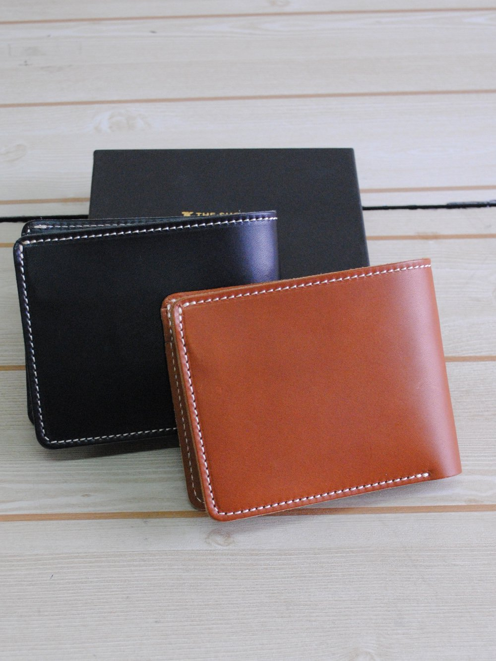 【99.9%OFF】@1円■どちらか1色2名様限定■メンズ二つ折り財布