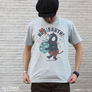 【Gluttons】地球をハグ☆ジェニファーメンズTシャツ