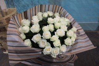<要予約>白バラの花束50本
