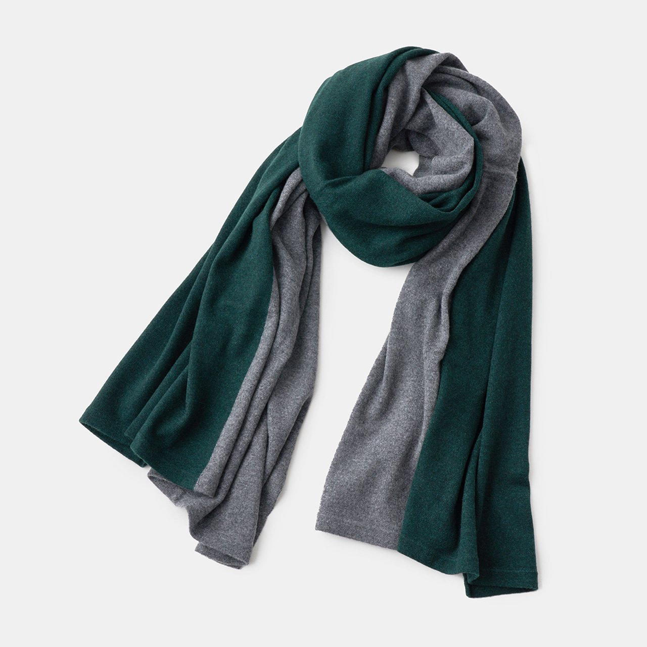 CASHMERE BI‐COLOR STOLE<BR>CHARCOAL GREY × FOREST GREEN