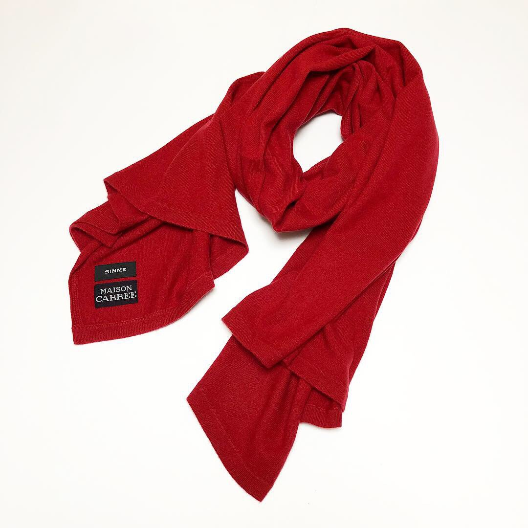 SINME×MAISON CARR&#201;E<BR>BASIC STOLE ・ RED