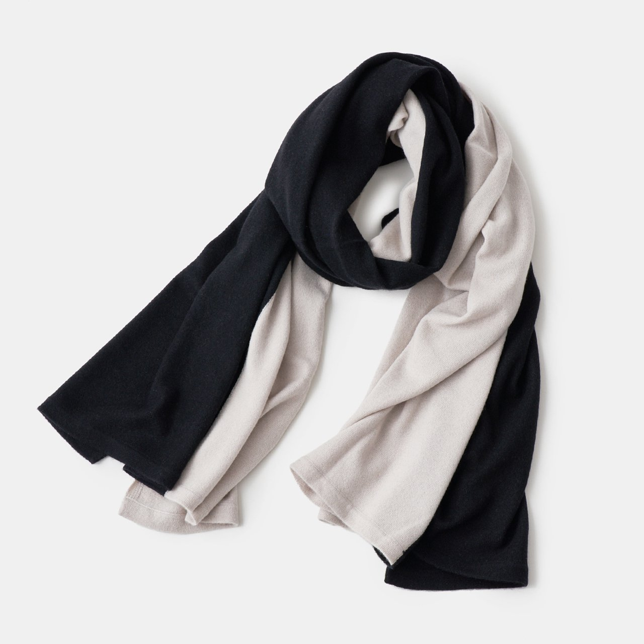 CASHMERE BI‐COLOR STOLE<BR>PALE JUTE × BLACK