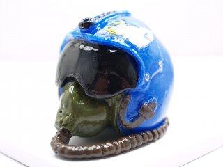 スウィーツソーパー ブルーインパルスヘルメット置物