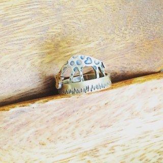 ハートのアミメキリンのリング (受注制作品)