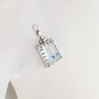 パライバクォーツ  香水瓶のネックレス