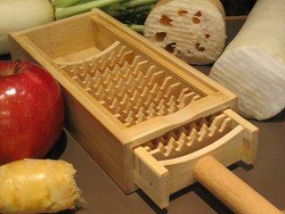 竹製大根おろしダブル歯(鬼おろし)17本歯と受け皿(収納)のセット