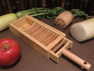 竹製大根おろし(鬼おろし)12本歯と受け皿(収納)のセット