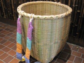 竹製背負い篭(丸)大 ボデーかご
