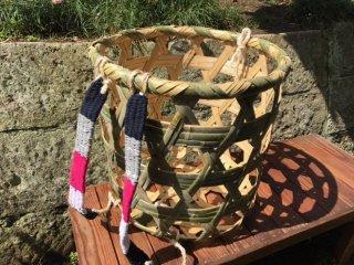 竹製背負い篭(六つ目)大かご(肉厚頑丈)草刈り篭
