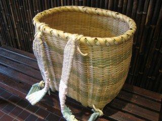 カラ竹背負い篭(大)